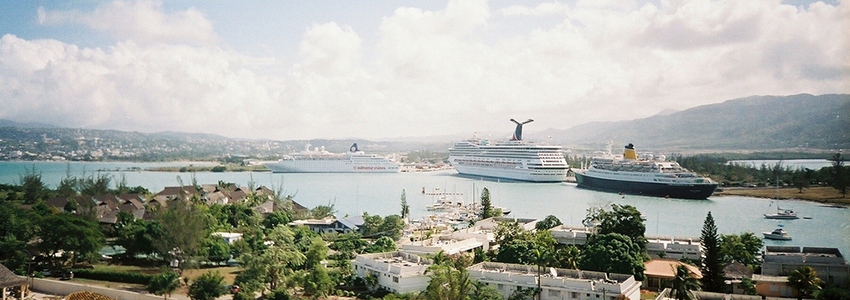 Cruise Ships at the Port of Montego Bay | Book Jamaica Excursions | bookjamaicaexcursions.com | Karandas Tours